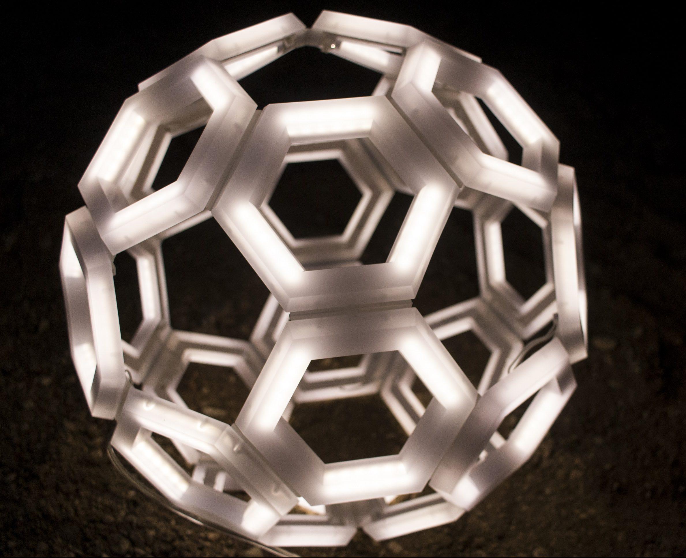 C60 lampada a sospensione moderna e di design