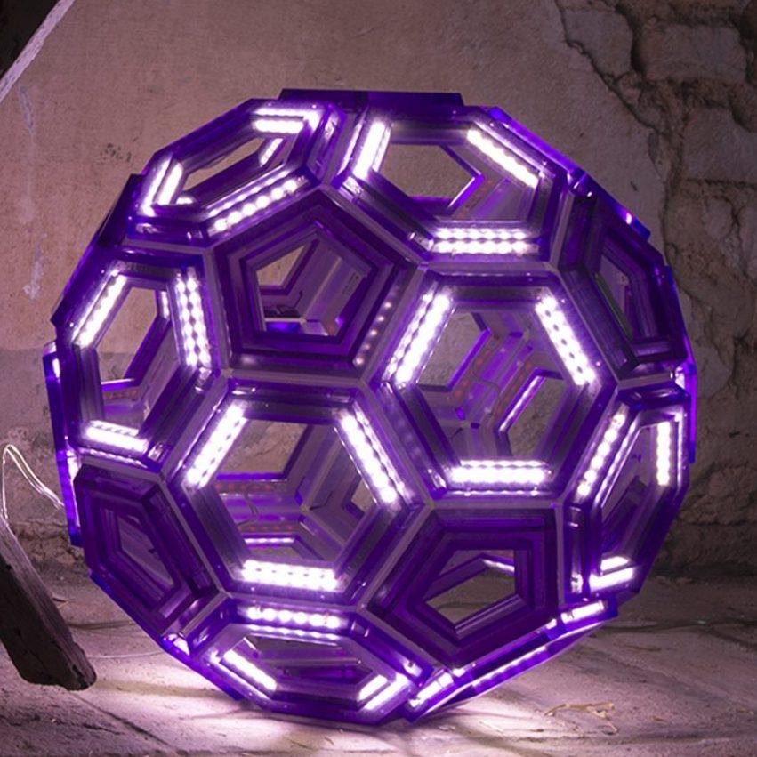 C60 Lampada da appoggio
