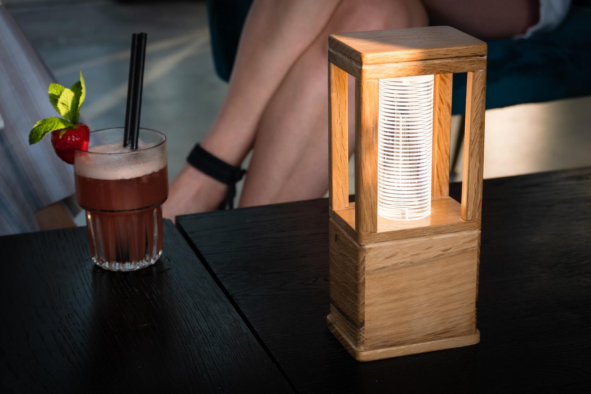 GIULIA lampada a led da tavolo e da terra